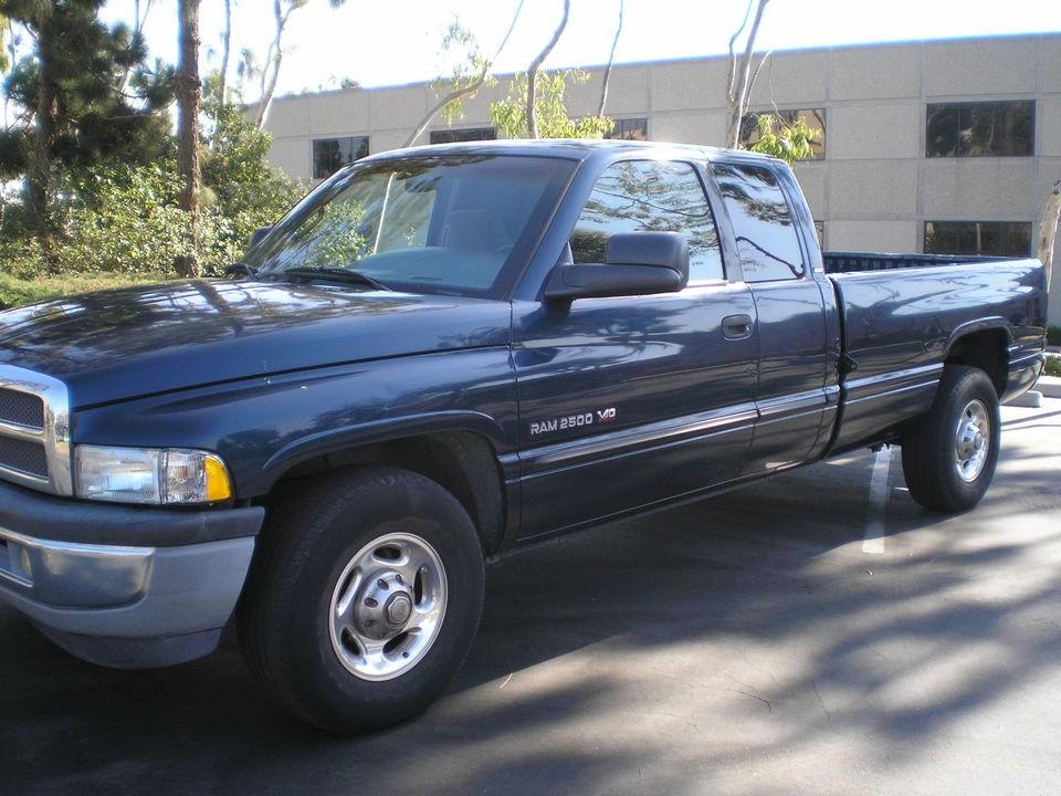 dodge ram 2500 slt 2001 dodge pickup truck 2500 slt v10 low miles. Black Bedroom Furniture Sets. Home Design Ideas