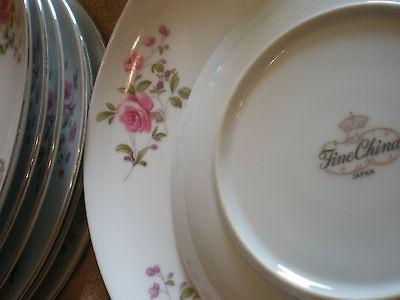 Crown) Fine China Japan 9 1/4 Dinner Plates   Pink & Purple