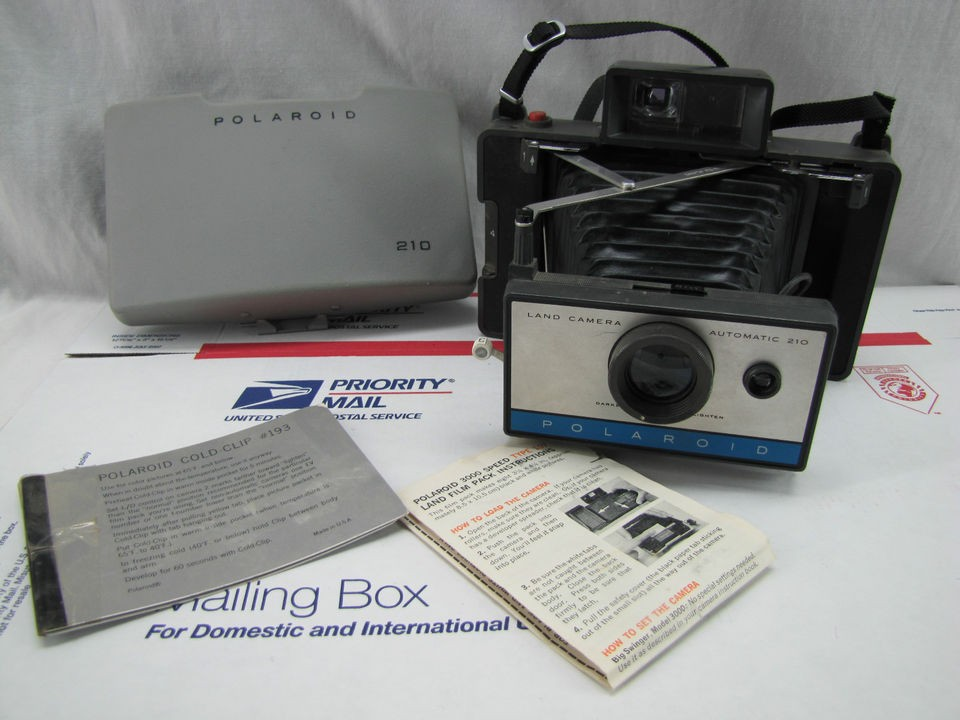 ~ POLAROID 210 Automatic Land Camera (inv#B 21)  Fast USA Ship