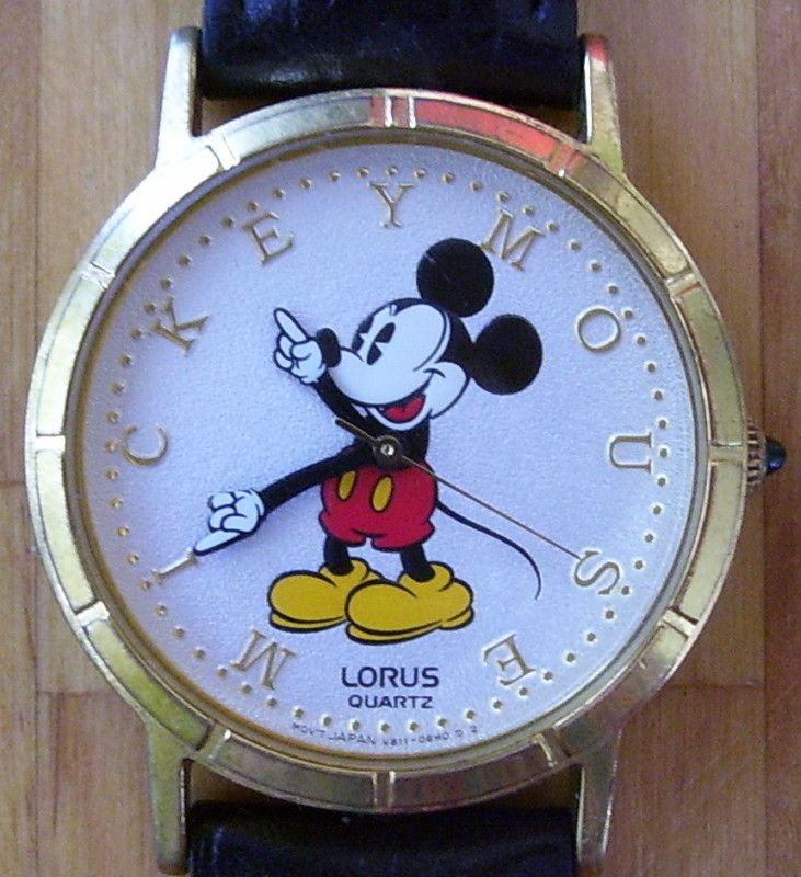 Mickey Mouse Watch Lorus Gold Letters Vintage Works Great battery