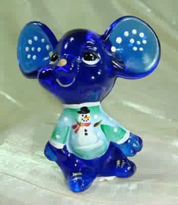 Fenton 3 inch Christmas Mouse Chum Hand Painted Cobalt Blue Glass