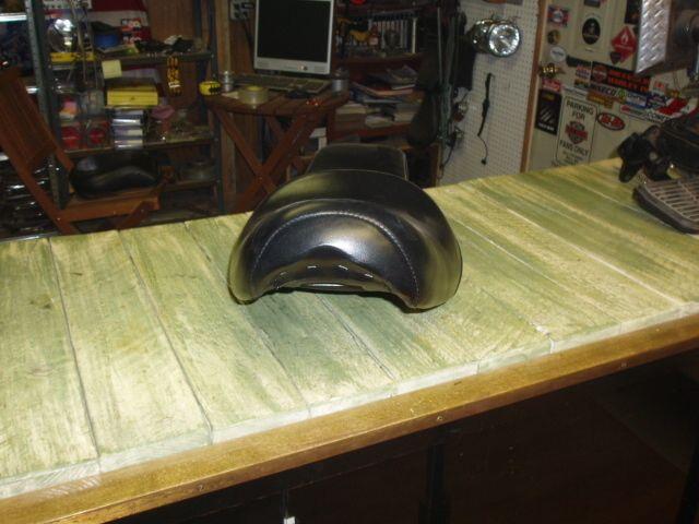 harley davidson ironheead sportster seat very nice condition 2 piece