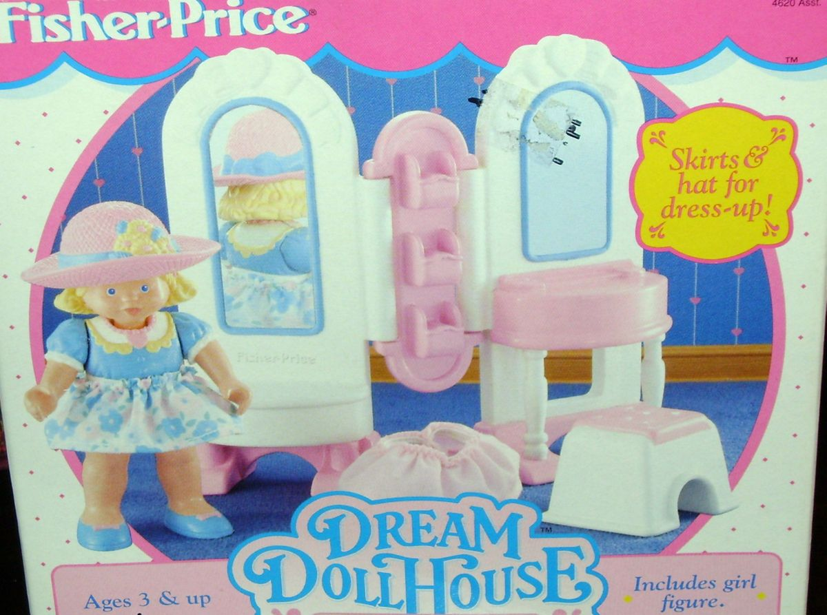 Fisher Price Loving Family Dream Dollhouse Dress Up Vanity Set