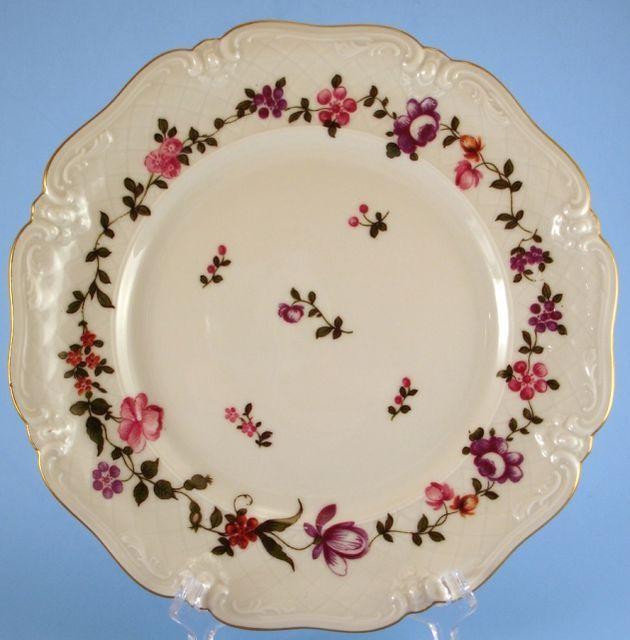 Eschenbach La Reine Salad Plate Pink Purple Flowers Embossed Lattice