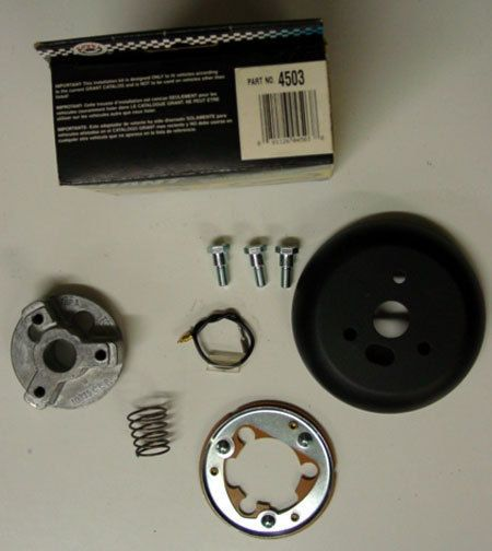 GRANT STEERING WHEEL ADAPTER KIT FOR INTERNATIONAL HARVESTER 72   82