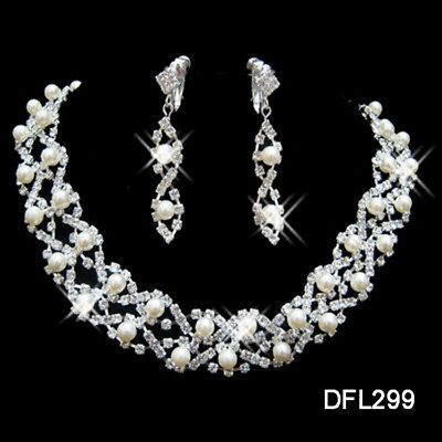 Wedding bridal Bridesmaid Pearl crystal necklace earring Sliver