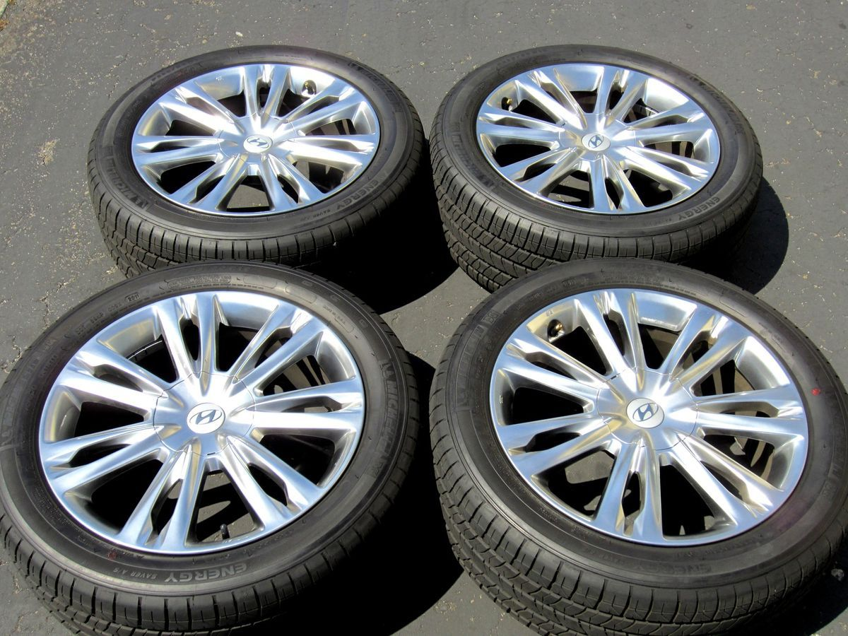 2012 18 Hyundai Genesis Hyper Silver Oem Factory Wheels