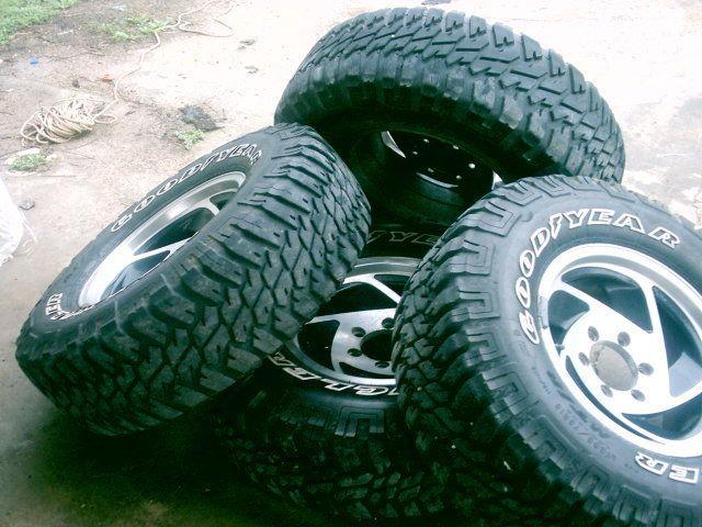 Goodyear Wrangler Mud Snow Tires Rims 265 R75 16 Used Chevy Lt